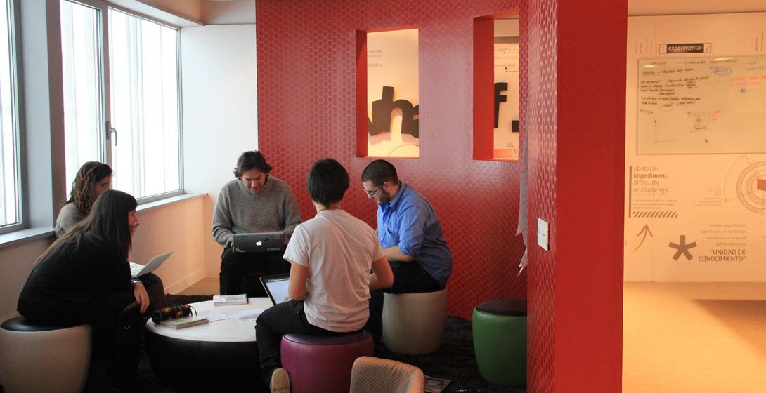 Reunión networking de estudiantes y profesores de Mondragon Unibertsitatea